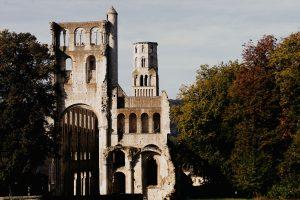 Voyage dans le temps à l'Abbaye de Jumièges